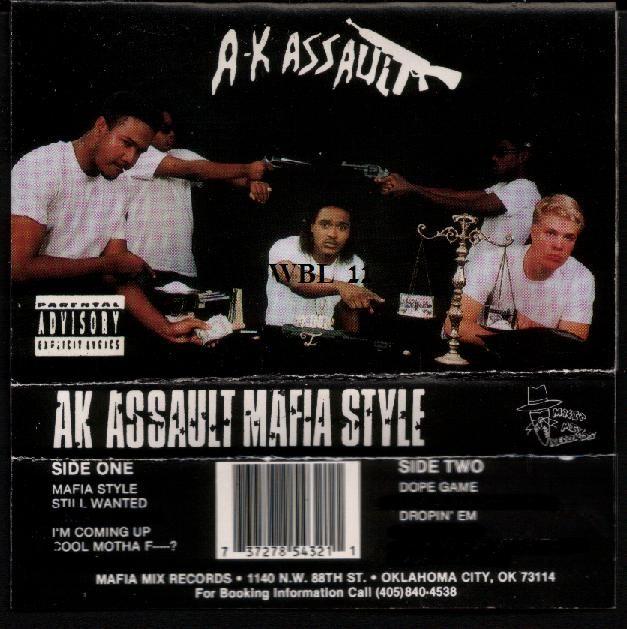 """Illustration du premier album de Suhaib Webb et de son groupe """"AK Assault"""". (SUHAIB WEBB/FRANCETV INFO)"""