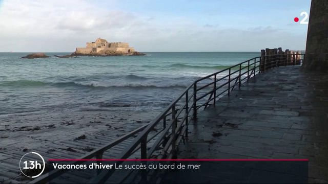 Vacances d'hiver : en Bretagne, le bord de mer séduit les vacanciers