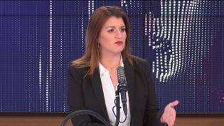 """Marlène Schiappa,ministre déléguée chargée de la Citoyenneté était l'invitée du """"8h30 franceinfo"""", mardi 6 avril 2021. (FRANCEINFO / RADIOFRANCE)"""
