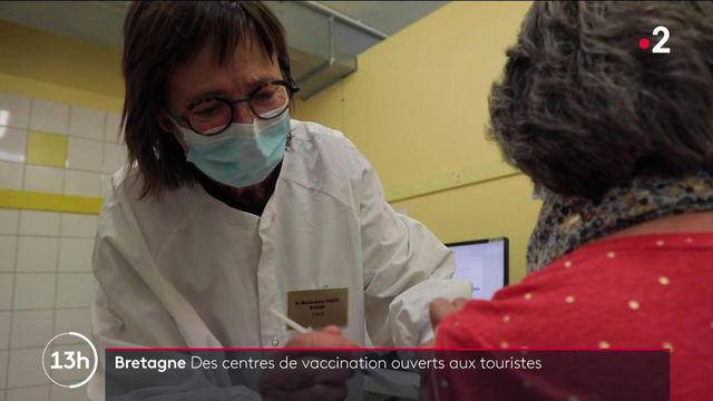Covid-19 : des centres de vaccination ouverts aux touristes en Bretagne