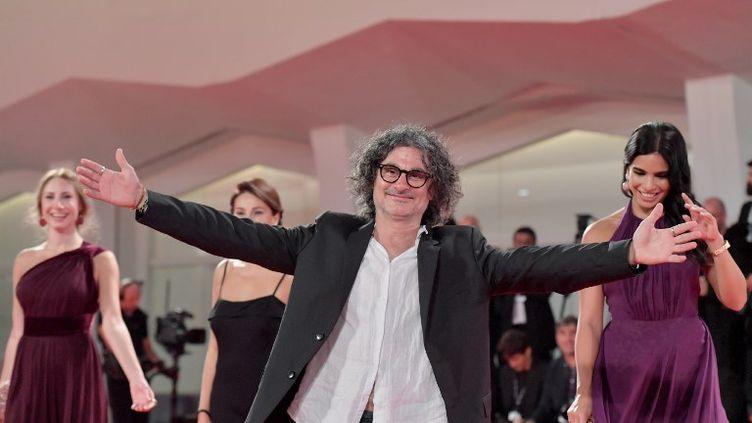"""Le film """"L'insulte"""", de Ziad Doueiri (ci-contre), a été récompensé à la Mostra de Venise, en septembre 2017, par le prix du meilleur acteurau Palestinien Kamel el-Basha. (TIZIANA FABI / AFP)"""