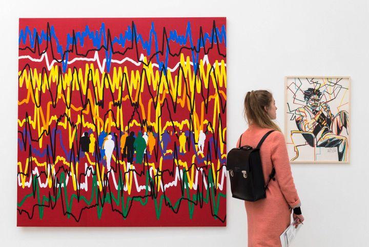 """Tableau """" Le Coeur fait ce qu'il veut Cardiogramme"""" et """"Jean-Michel (Basquiat)"""" de Gérard Fromanger, exposé à Londres en 2019. (STEPHEN CHUNG/LNP/REX/SIPA / SHUTTERSTOCK)"""
