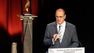 Le Premier ministre Jean Castex, lors d'un discours à l'ouverture du festival du film d'Angoulême (Charente), le 28 août 2020. (YOHAN BONNET / AFP)
