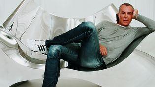 Le créateur Jean-Claude Jitrois dans son appartement parisien.  (Thierry Bouet)
