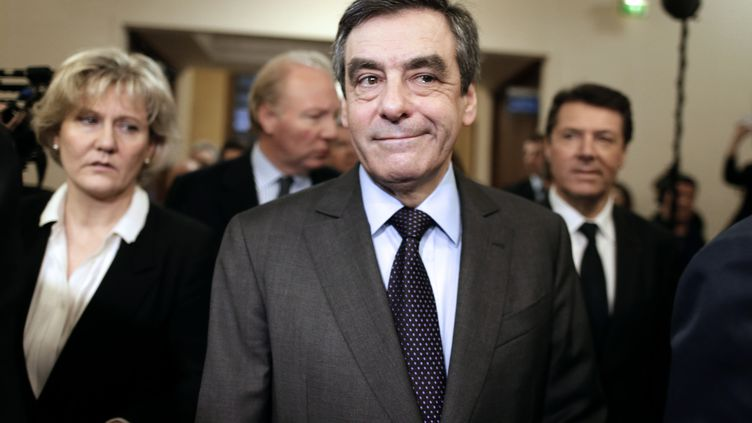 L'ancien Premier ministre François Fillon, le 20 février 2013 à Paris, lors de la réunion de l'association des Amis de Nicolas Sarkozy. (KENZO TRIBOUILLARD / AFP)