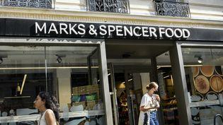 Un magasin Marks and Spencer de Paris, le 6 septembre 2021. (MAGALI COHEN / HANS LUCAS / AFP)
