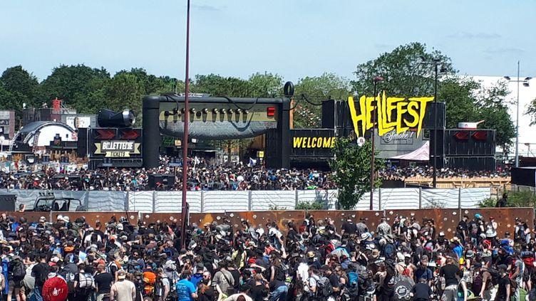 Ouverture des portes du Hellfest 2018 le 21 juin, à la veille du début des concerts. (PASCALE BOUCHERIE / RADIO FRANCE)