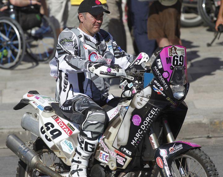 Hugo Payen et sa moto n°69 aux couleurs de Marc Dorcel à Mar del Plata (Argentine), le 31 décembre 2011. (ENRIQUE MACARIAN / REUTERS)