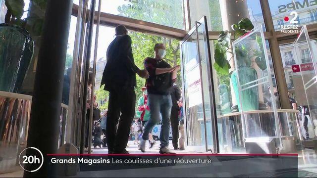 Déconfinement : les clients peuvent à nouveau arpenter les allées du Printemps-Haussmann