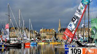 Les bateaux de la Route du Rhum dans le port de Saint-Malo, le 1er Novembre 2018. (LOIC VENANCE / AFP)