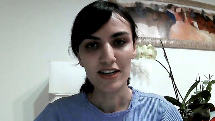 Iran : Mitra Hejazipour, exclue de l'équipe d'échecs nationale après avoir refusé de porter le voile durant une compétition. (FRANCEINFO)