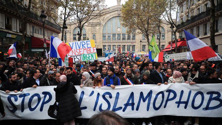 Marche contre l'islamophobie Gare du Nordà Paris, le 10 novembre 2019. (CHRISTOPHE PETIT TESSON / EPA)
