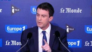 Manuel Valls invité du plateau d'I-télé/Europe 1/Le Monde, dimanche 8 mars 2015. (I-TELE / FRANCETV INFO)