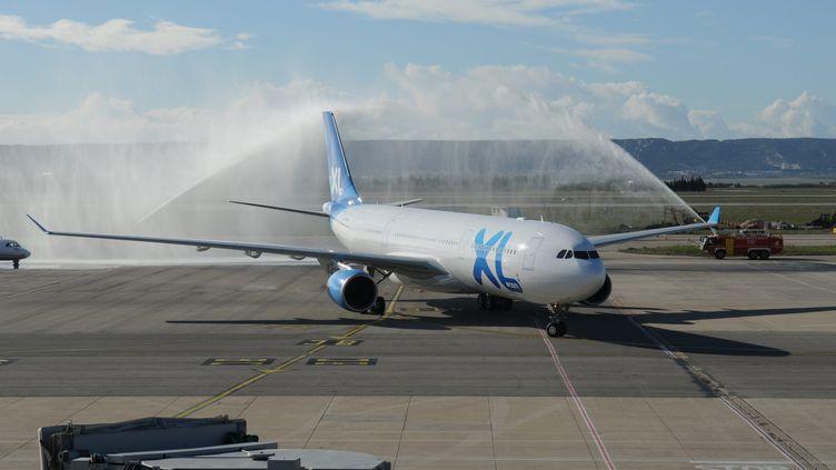 Un Airbus A330 de la compagnieà bas coûts XL Airways France lors de son vol inaugural, le 4 décembre 2012. (MAXPPP)