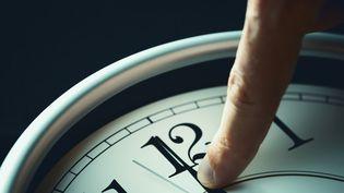 Juste avant minuit, dan la nuit de mardi 30 juin au mercredi 1er juillet (temps universel), les horloges atomiques afficheront 23:59:60, avant de passer à 00:00:00. (DIMITRIS66 / VETTA)