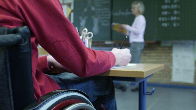 Selon un rapport, 210 395 élèves en situation de handicap étaient scolarisés en milieu ordinaire, en 2011-2012. (MAXPPP )