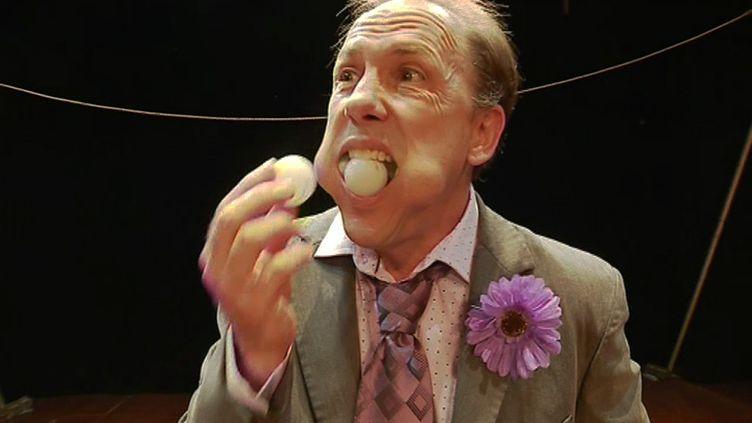 Jamie Adkins dans Circus Incognitus (M Brugnière France 3 Ile-de-France)