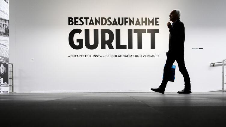 """""""Collection Gurlitt, état des lieux"""" : deiux expositions parallèles, à Berne et à Bonn.  (Fabrice COFFRINI / AFP)"""