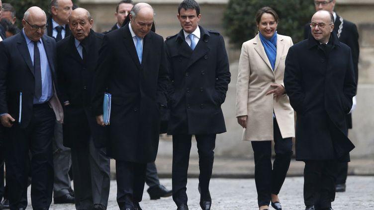 (Le départ de Laurent Fabius du gouvernement ouvre la voie à un remaniement © REUTERS/Charles Platiau)