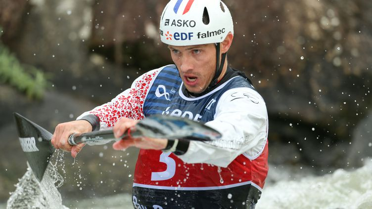 Le kayakiste français Sébastien Combot (NICOLAS PESCHIER / AFP)