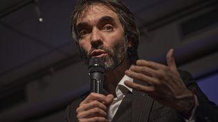 Cédric Villani,candidat à la mairie de Paris, lors d'un meeting, mardi 11 février 2020 à Paris. (ANTONIN BURAT / HANS LUCAS / AFP)