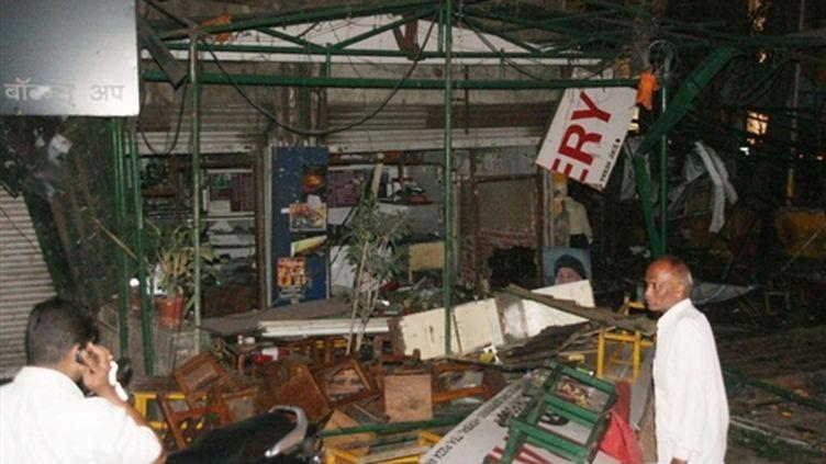 L'entrée de l'établissement touché par un attentat à Pune le 13-2-2010 (AFP - STR)