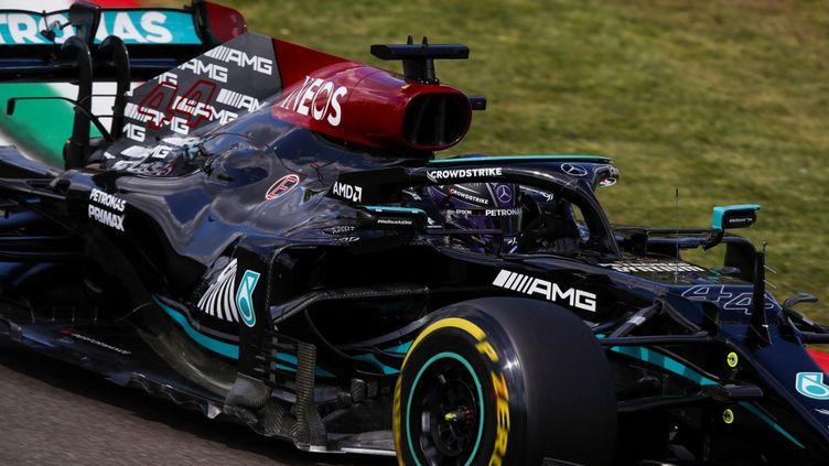 Lewis Hamilton est arrivé en tête des essais libres 2 du grand prix d'Emilie-Romagne, le 16 avril 2021 (FLORENT GOODEN / DPPI MEDIA)