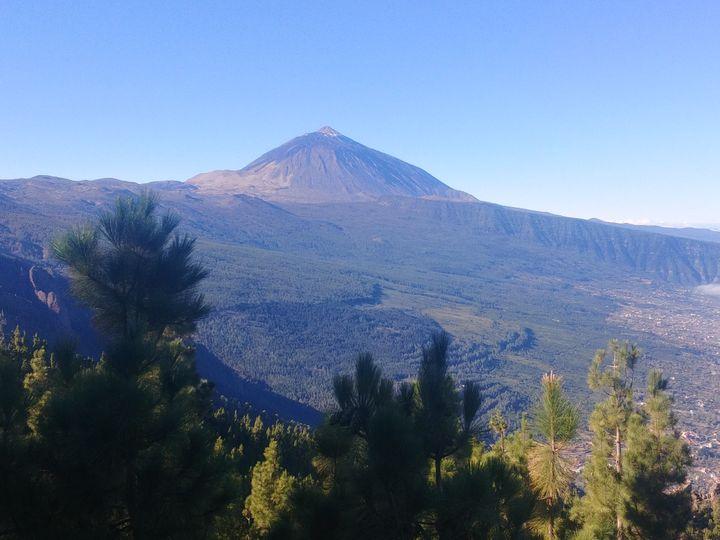 Le volcan est visible de n'importe où sur l'île. Le sommet aimante le regard.La dernière éruption remonte à plus de deux siècles, c'était à Pico Viejo, en 1798. (Photo Emmanuel Langlois)