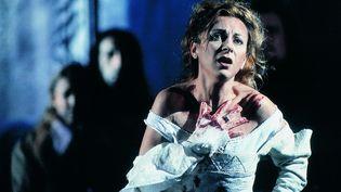 "La soprano Natalie Dessay dans ""Lucia di Lammermoor"" à l'Opéra de Lyon en 2002. (GERARD AMSELLEM)"