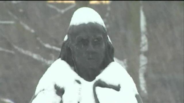 VIDEO. La neige recouvre le nord-est des Etats-Unis