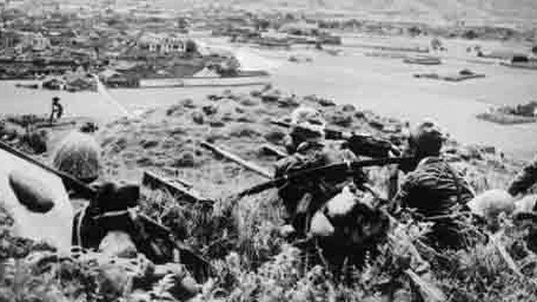 Militaires japonais à Tinghai, principale ville des îles chinoises de Chusan (est), le 15 juillet 1939. (AFP - ACME)