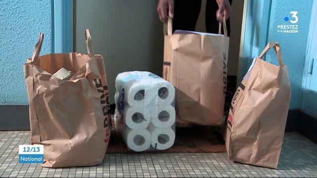 Compiègne : des jeunes se mobilisent pour porter les courses des personnes isolées