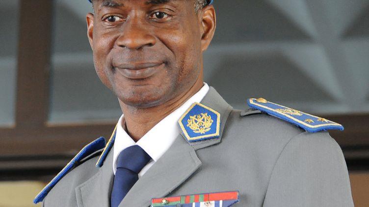 Le général putschisteGilbert Diendéré à l'aéroport de Ouagadougou (Burkina Faso), le 23 septembre 2015. (AHMED OUOBA / AFP)
