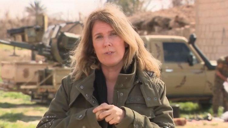 Cette trêve serait motivée par la volonté de certains djihadistes de se rendre, indique Stéphanie Perez, en direct de Baghouz. (FRANCE 2)