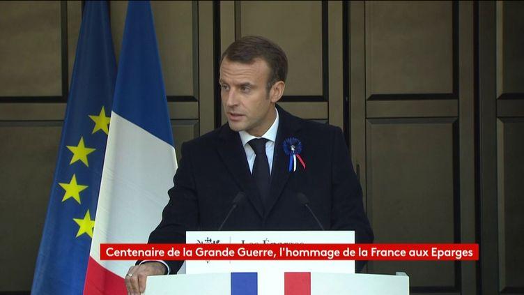 Emmanuel Macron lors d'un discours commémorant la Première Guerre Mondiale aux Eparges (Meuse), 6 novembre 2018. (FRANCEINFO)