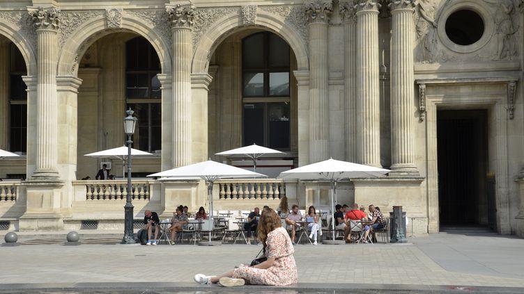 Une journée ensoleillée au jardin des Tuileries, le 11 septembre 2020, à Paris. (AFP)
