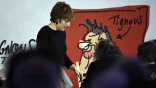 Chloé Verlhac lors des funérailles de Tignous, le 15 janvier 2015 à Montreuil. (MARTIN BUREAU / AFP)