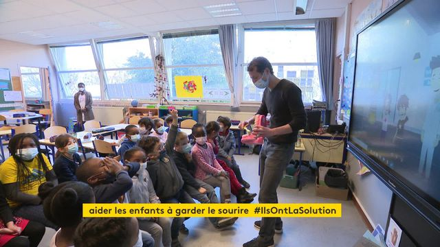 Opération M'T dents dans une école de Rennes