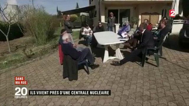 Parti socialiste : le ton monte entre Hamon et Valls