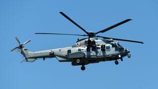 Un hélicoptère militaireCaracal, le 29 juin 2015 (IROZ GAIZKA / AFP)