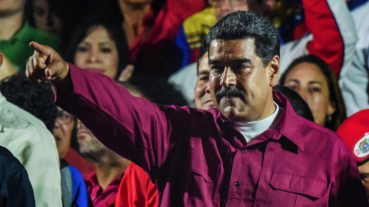 Nicolas Maduro célèbre sa victoire lors de l'élection présidentielle vénézuelienne, dimanche 20 mai 2018 à Caracas. (JUAN BARRETO / AFP)