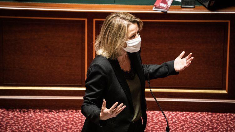 Barbara Pompili, la ministre de la Transition énergétique, au Sénat à Paris le 16 décembre 2020. (XOSE BOUZAS / HANS LUCAS / AFP)