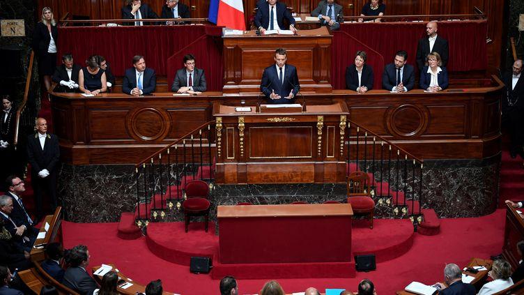 Emmanuel Macron s'exprime face au Congrès de Versailles, le 3 juillet 2017. (ERIC FEFERBERG / POOL)