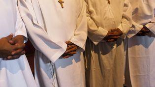 La Conférence des évêques de France a envoyé unelettre invitant à prier pour la famille le jour de l'Assomption, à quelques mois d'un projet de loi surl'ouverture du mariage et de l'adoption aux homosexuels. (JAN SOCHOR / LATINCONTENT / GETTY IMAGES)