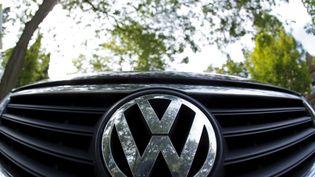 Le groupe Volkswagen doit désigner son nouveau PDG, le 25 septembre 2015. (JIM YOUNG / REUTERS)