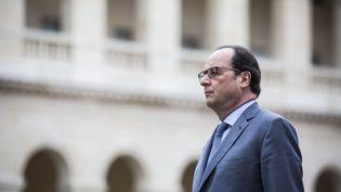 François Hollande dans la cour de l'hôtel des Invalides, le 21 juin 2016. (ALLARD-POOL / SIPA)