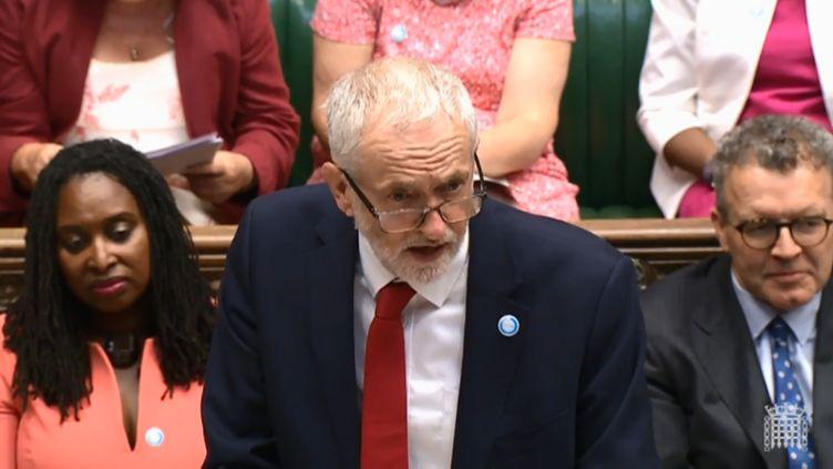 Le leader du parti travailliste, Jeremy Corbyn, lors des questions au gouvernement au parlement britannique, le 18 juillet 2018. (HO / PRU / AFP)