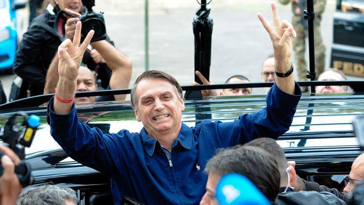 À Rio, le jour du premier tour, Jair Bolsonaro se voyait déjà en haut de l'affiche (7 octobre 2018)  (Chine Nouvelle / Sipa)