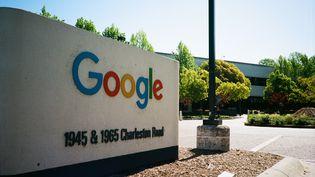 Muret du siège social de Google à Mountain View (Californie). (SMITH COLLECTION/GADO / ARCHIVE PHOTOS / GETTYIMAGES)