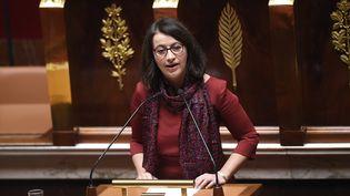 La co-présidente du groupe EELV à l'Assemblée nationale Cécile Duflot prend la parole, le 5 février 2016, lors du débat sur le projet de révision constitutionnelle. (LIONEL BONAVENTURE / AFP)